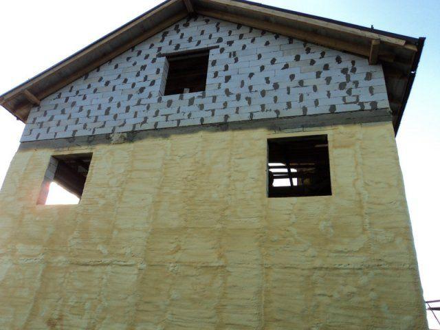 Gypsum concrete plaster outside the video