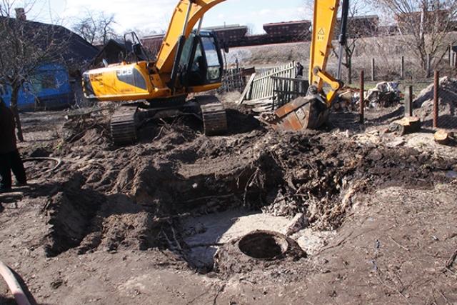 Обвал колодца лишил воды тысячи жителей Рогачева