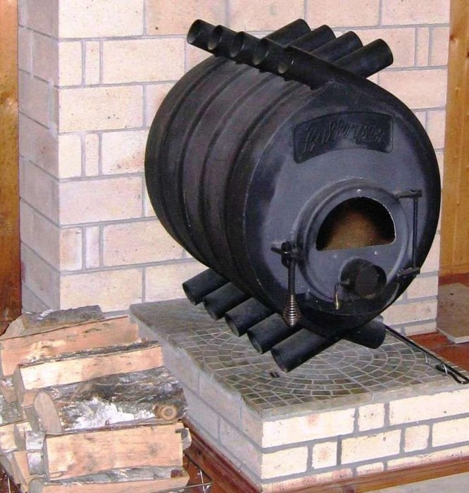 Как сделать отопление в бане зимой: как провести от банной печи в парной дома отопление на круглый год, газовые котлы, как провести электрическое отопление, фото и видео