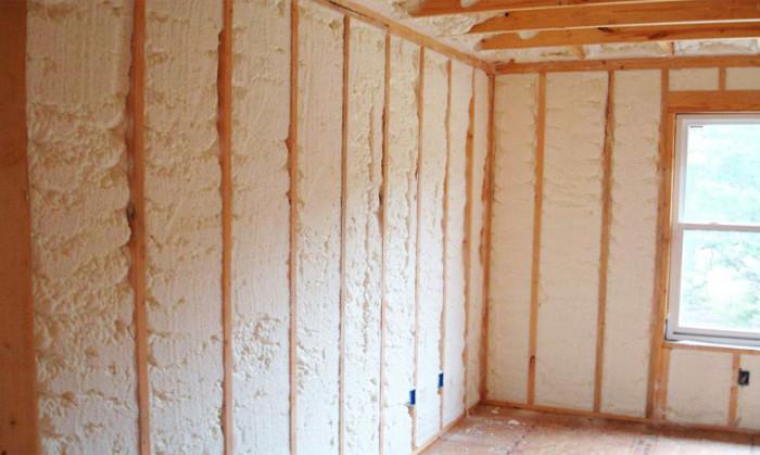 Утеплитель пенный для стен в баллонах